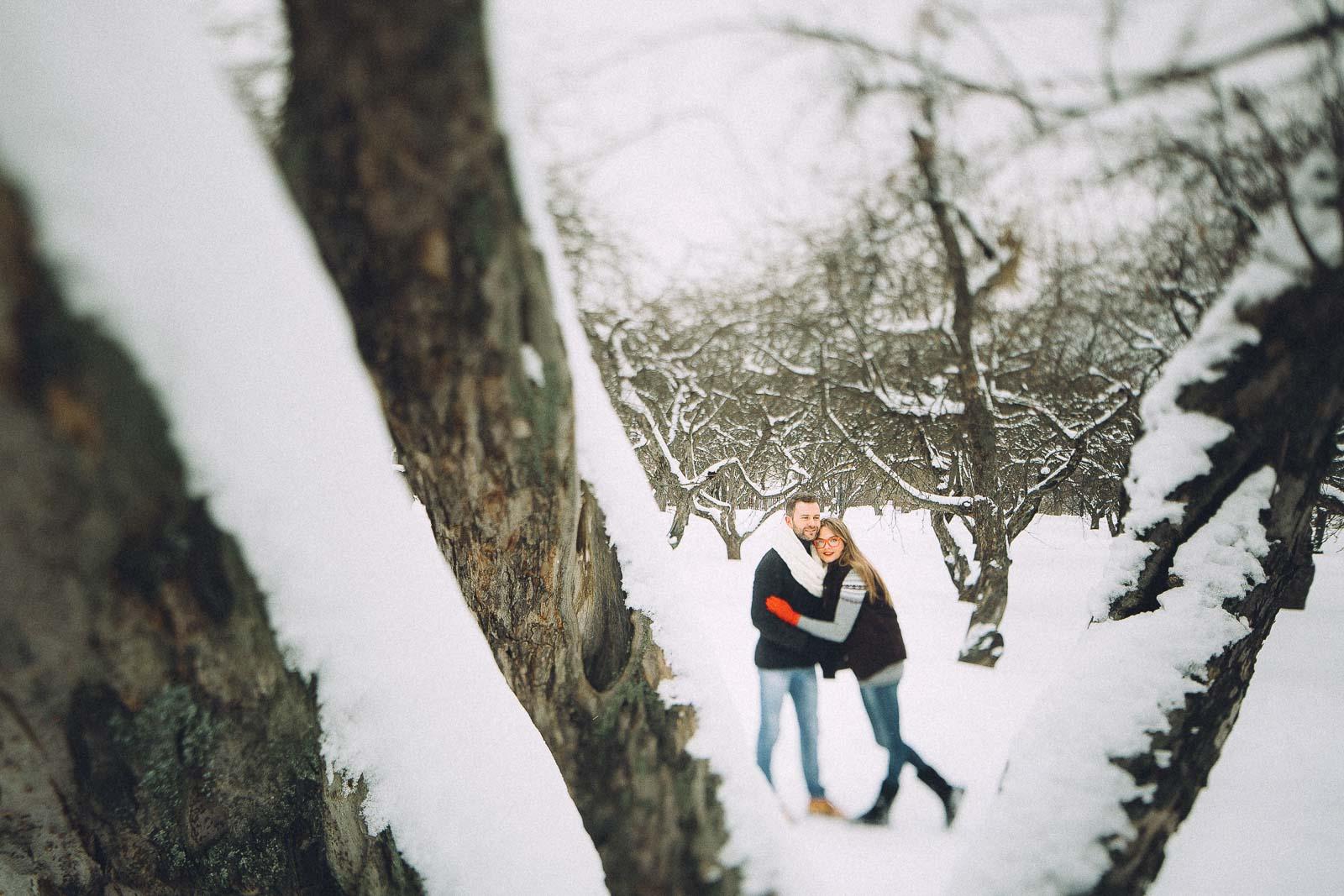 Фотосессия зимняя лавстори в Москве.